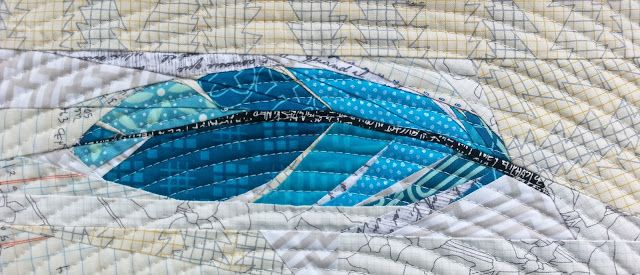 Really detailed and pretty paper pieced feather pattern ...