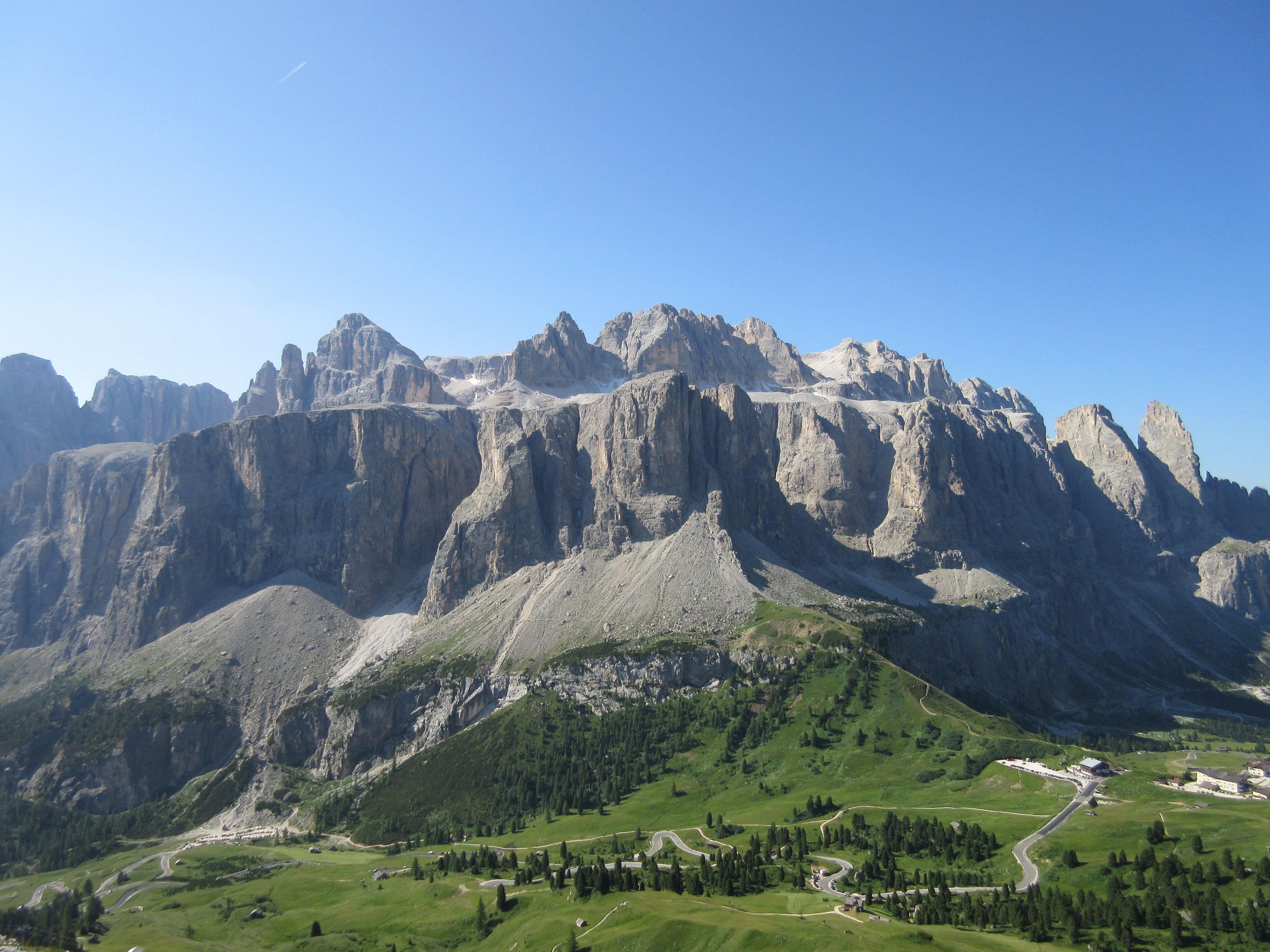 Awesome view towards Gruppo del Sella - Sellastock  www.valgardena.it