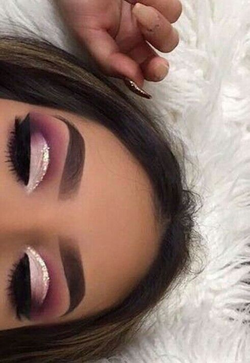 Rose gold and mauve eye makeup ideas