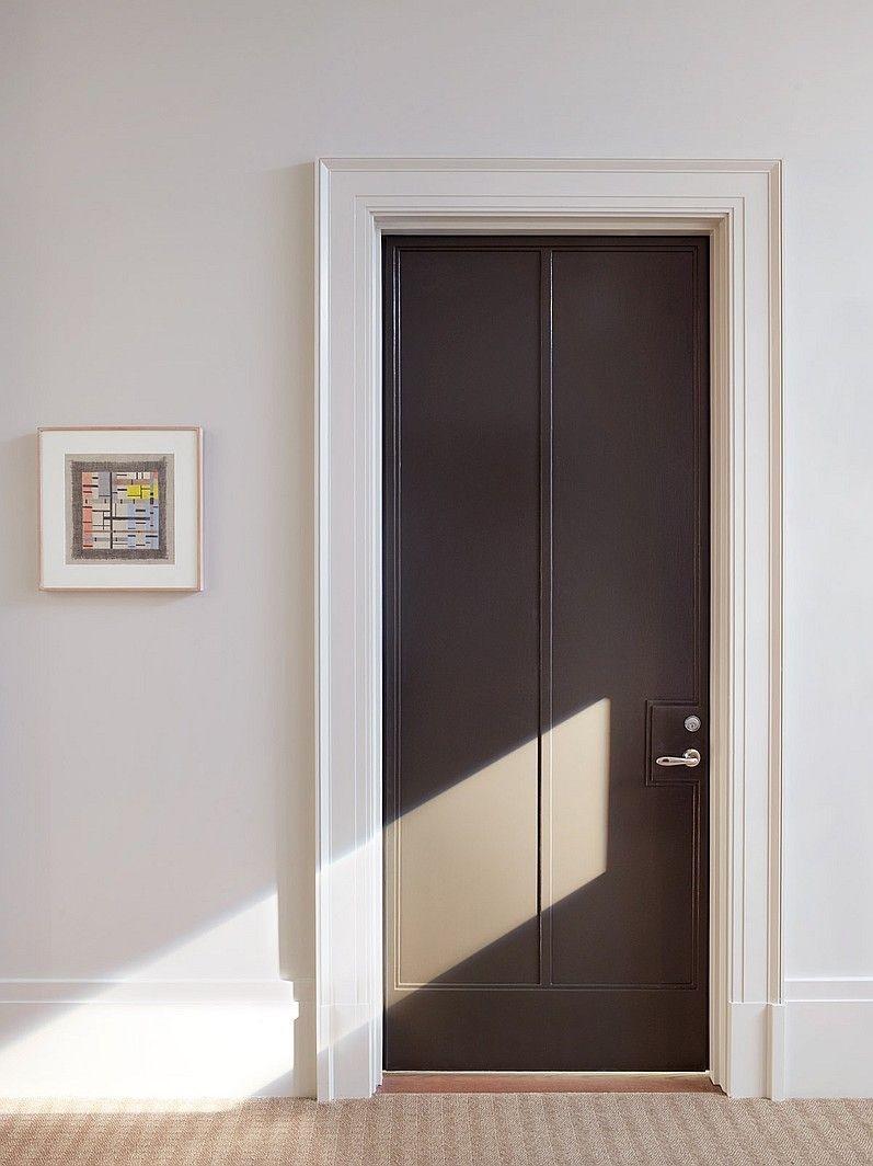 10 Questions With Thomas OBrien Door CasingDark DoorsCool DoorsInterior Design MagazinePanel