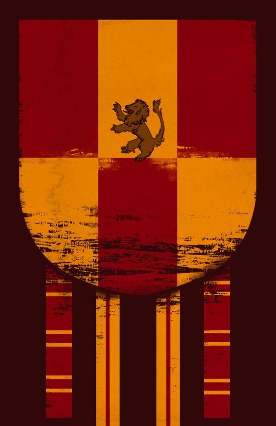Gryffindor Banner | Gryffindor crest, Gryffindor, Harry ...
