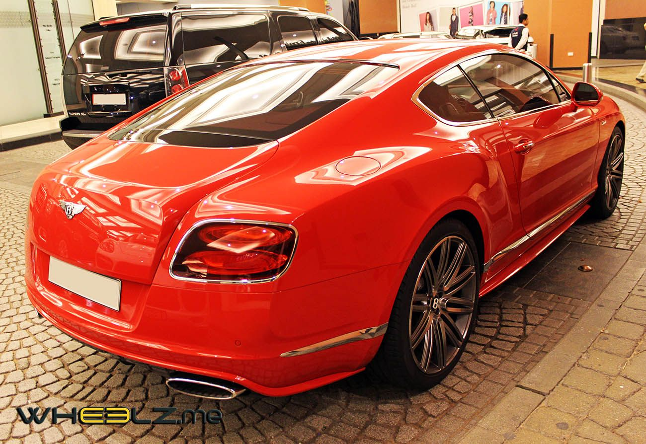 سيارة بنتلي كونتيننتال جي تي