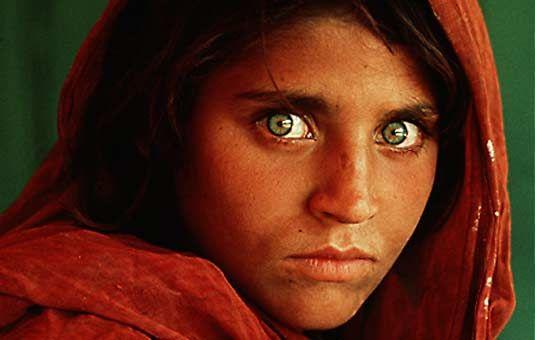 Steve McCurry, Afghan Girl (1984)