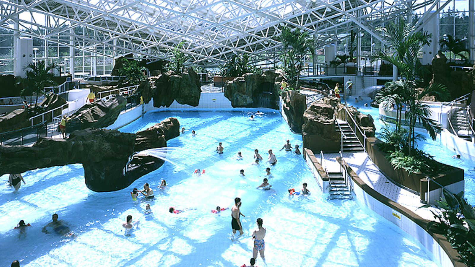 Holder mathias architects i leisure i center parcs - Lake district campsites with swimming pool ...