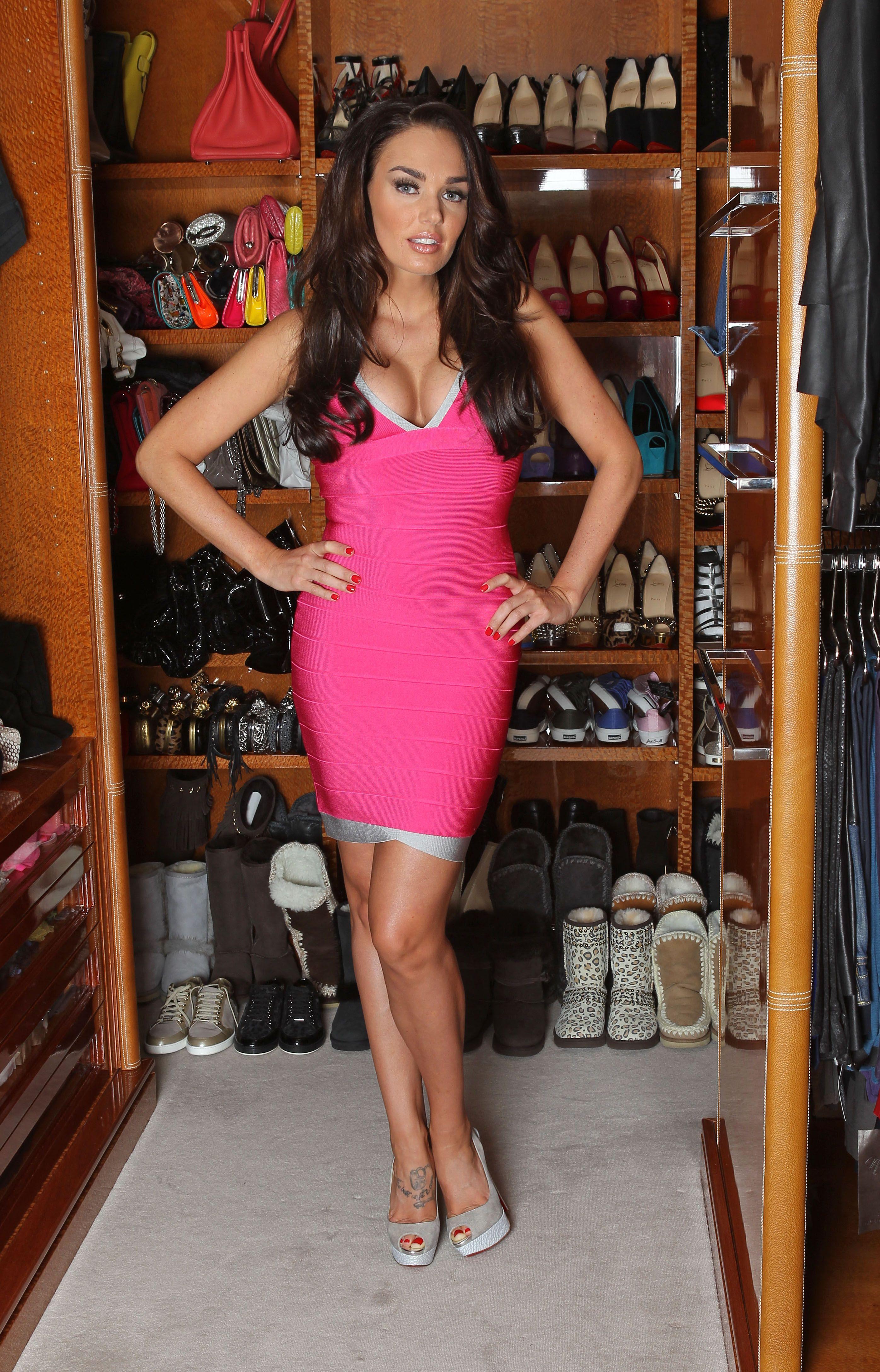 Tamara Ecclestone Feet JPEG Image 2792 — 4352 pixels