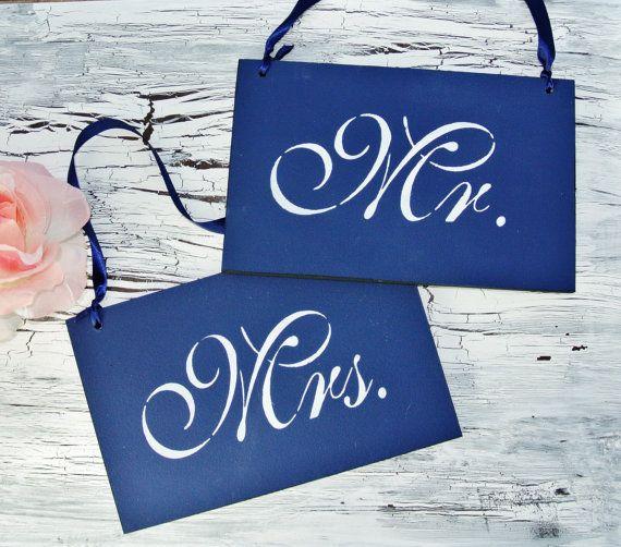 bleu marine et blanc m et mme wedding par fairytaledecordesign
