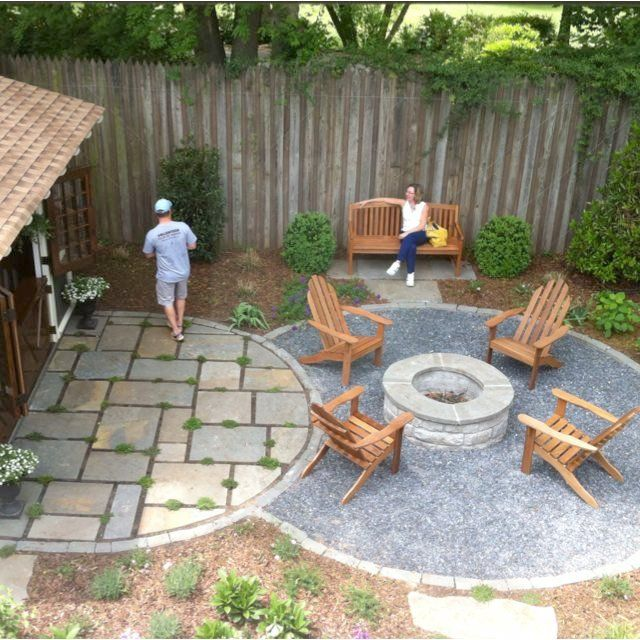 Nice Gravel Patio With Fire Pit I Like The Gravel Firepit
