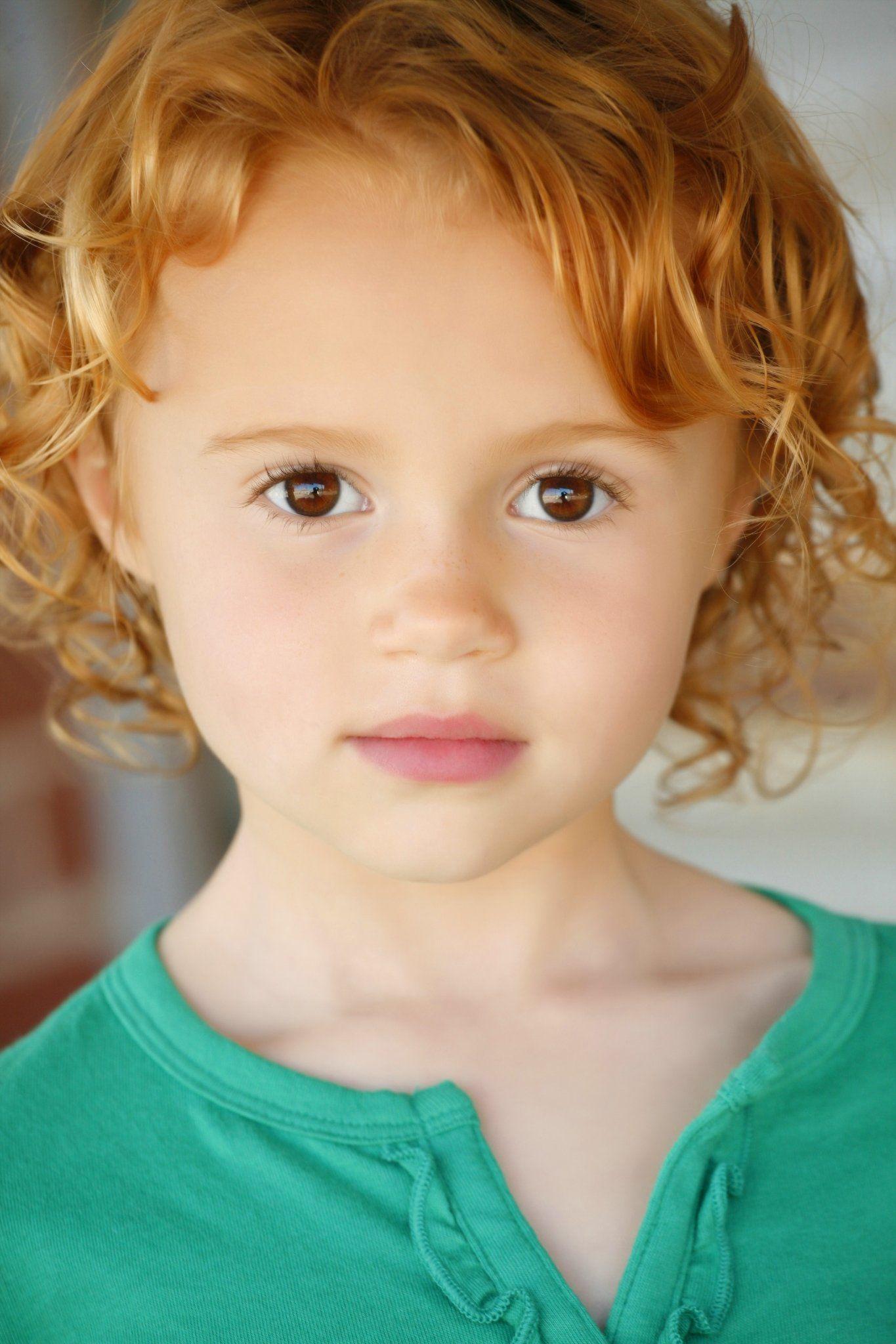 Maggie Elizabeth Jones Elizabeth jones, Red hair brown
