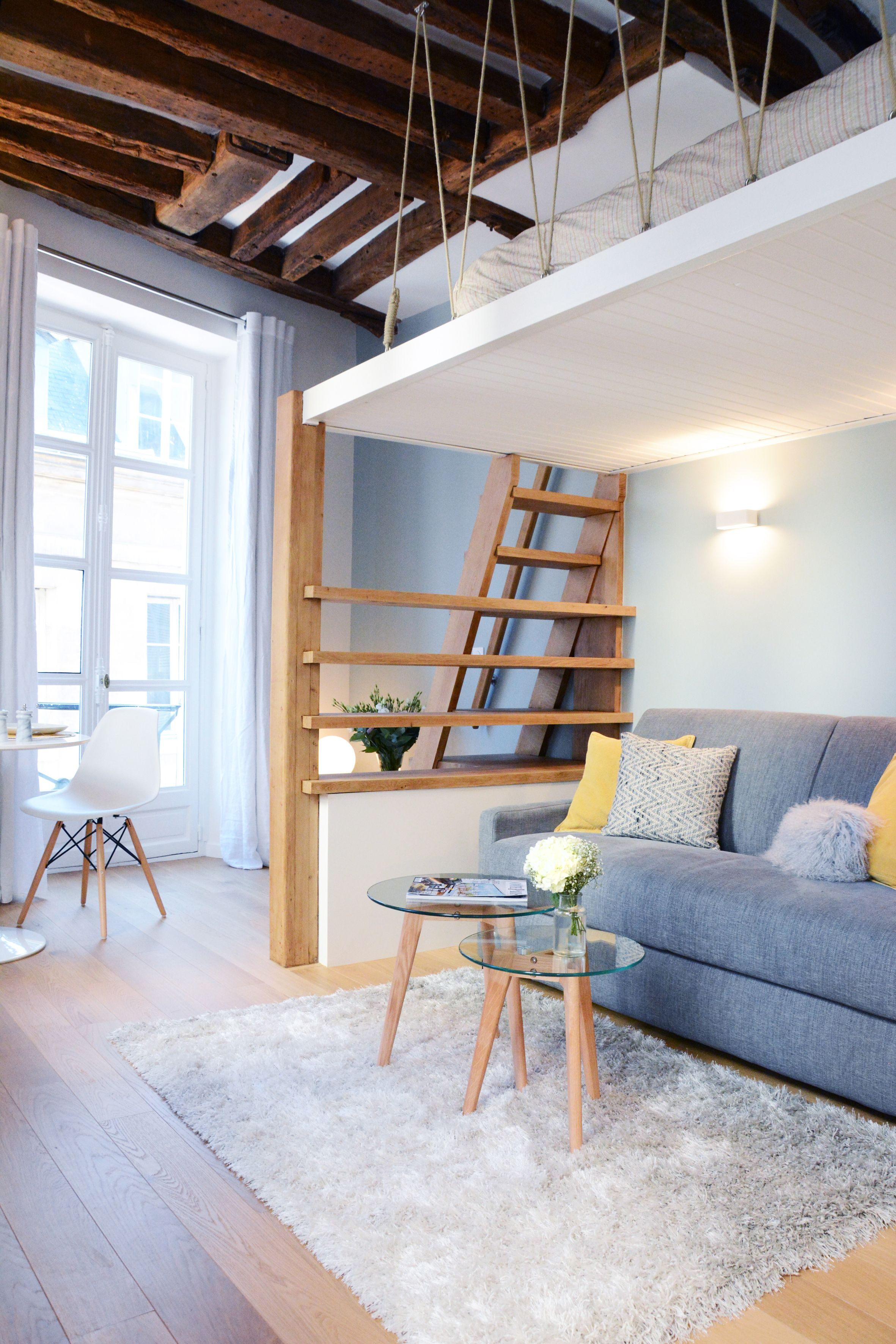 Studio Parisien Avec Mezzanine Petit Appartement Appartement Amenagement Studio 20m2