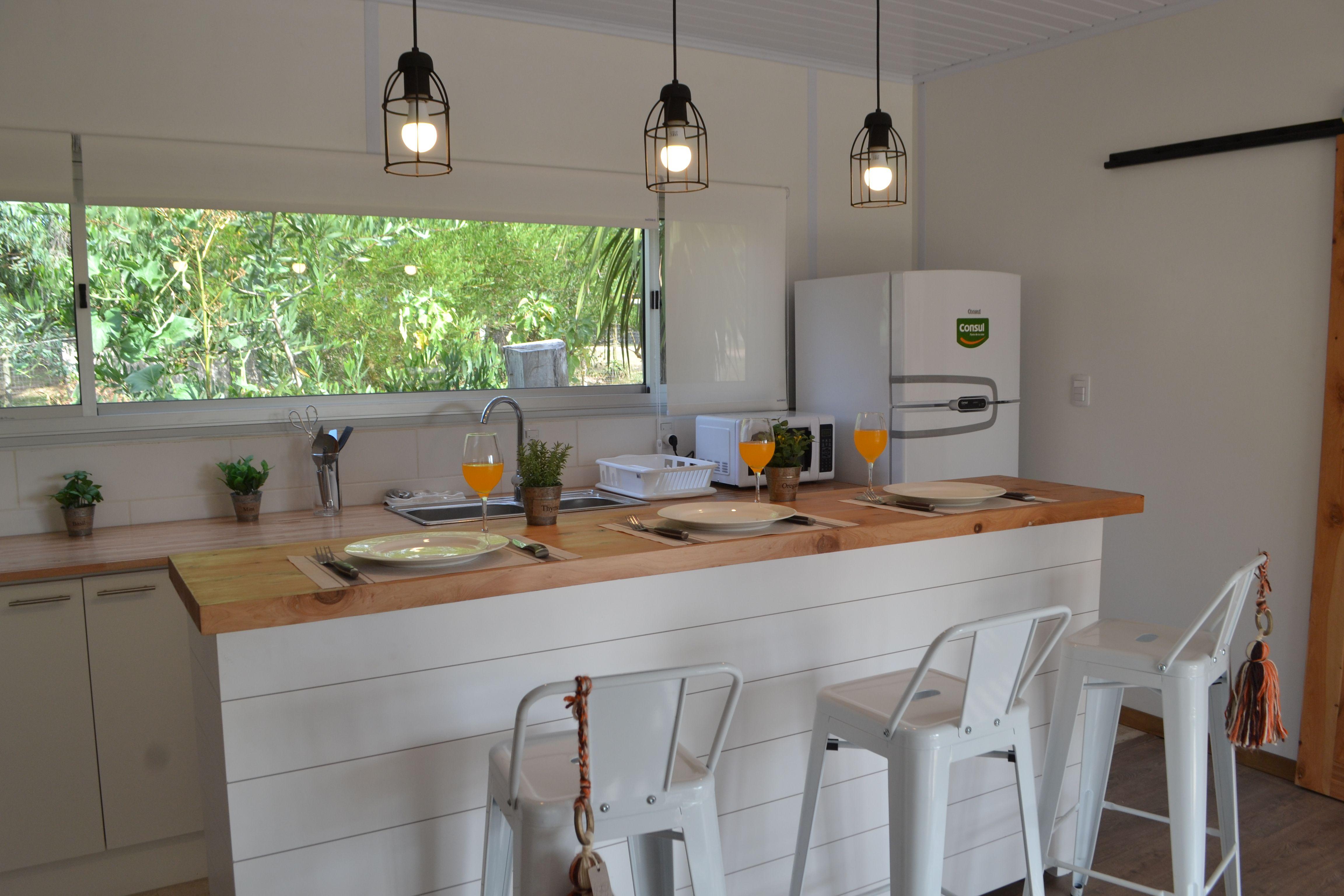 Cocina en casa Contendedor. José Ignacio - Uruguay. Decorado por ...
