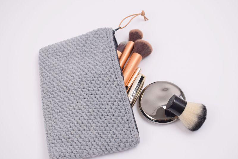hæklet kosmetikpung