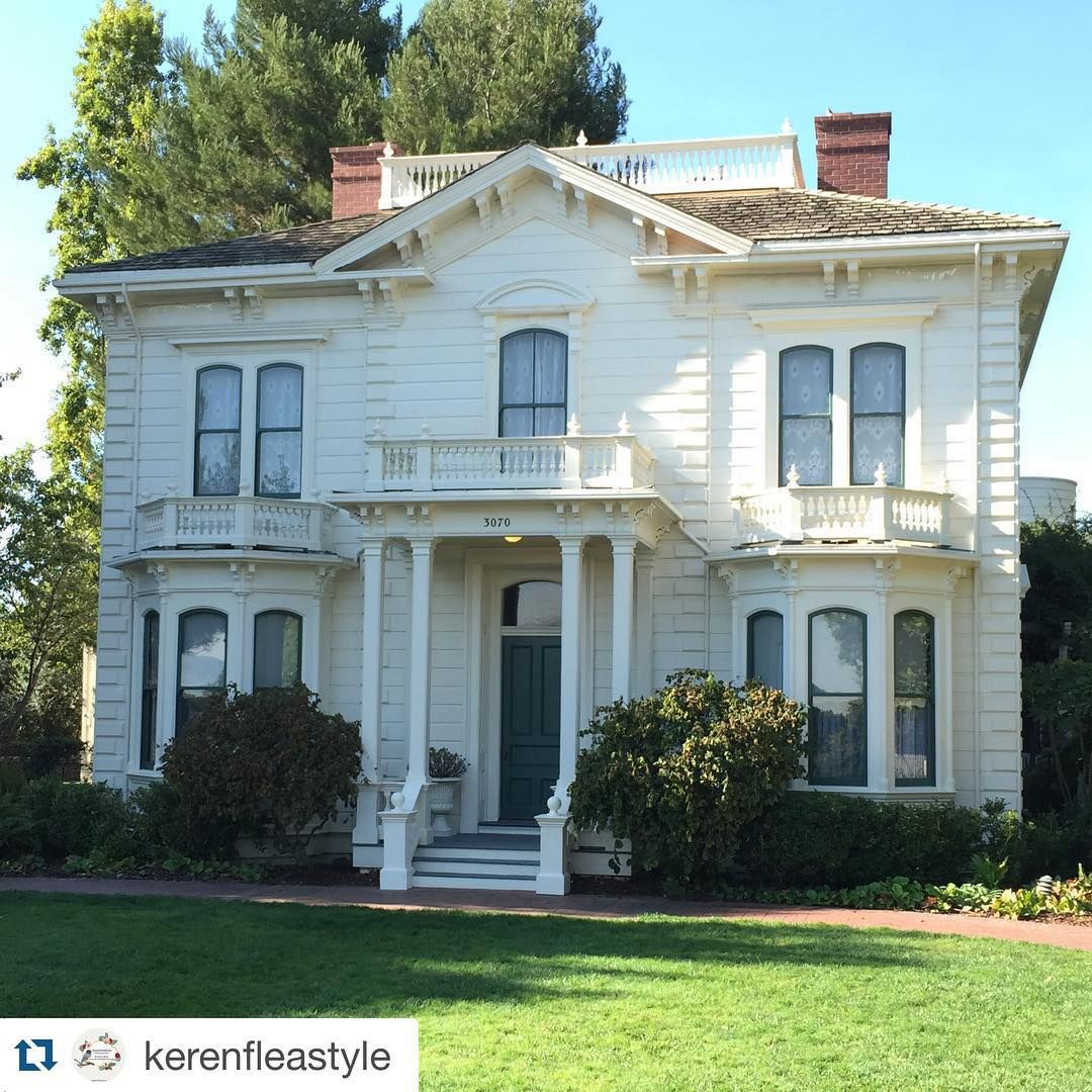 Ode To Old Houses On Instagram Another Wonderful Italianate Home Built 1867 In Mountain View Ca Great Capture By Ker Old Houses House Mountain View