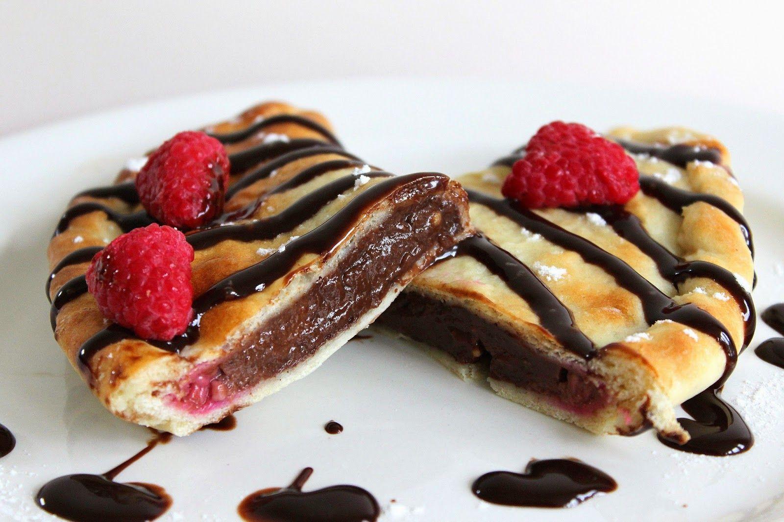 PicNic: Chocolate and Raspberry Calzones