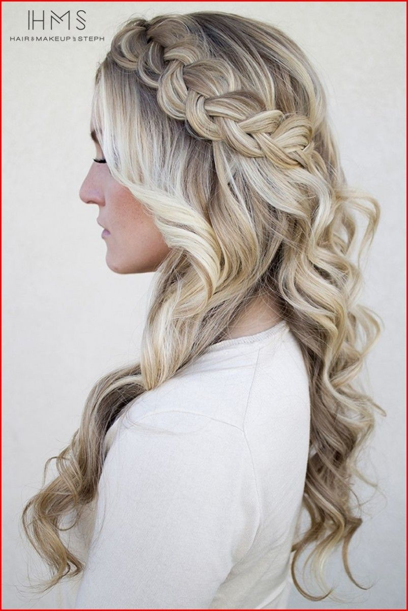 Types of Homecoming Hairstyles You Can Follow