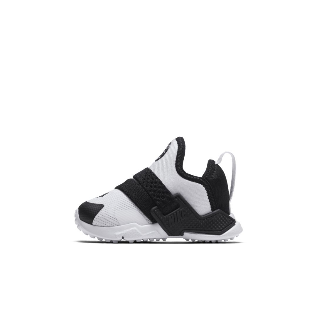 6e718e8a6a38 Nike Huarache Extreme Infant Toddler Shoe Size 10C (White)