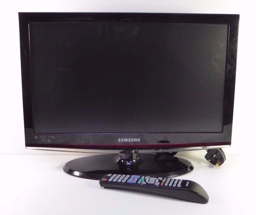 samsung 22 led tv with remote model le22c450e1w freeview. Black Bedroom Furniture Sets. Home Design Ideas