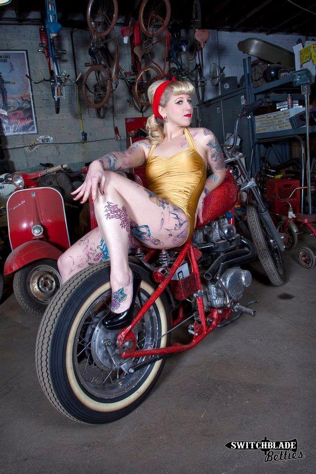 Plaque Harley Davidson smoking pin up et moto qui fume usa