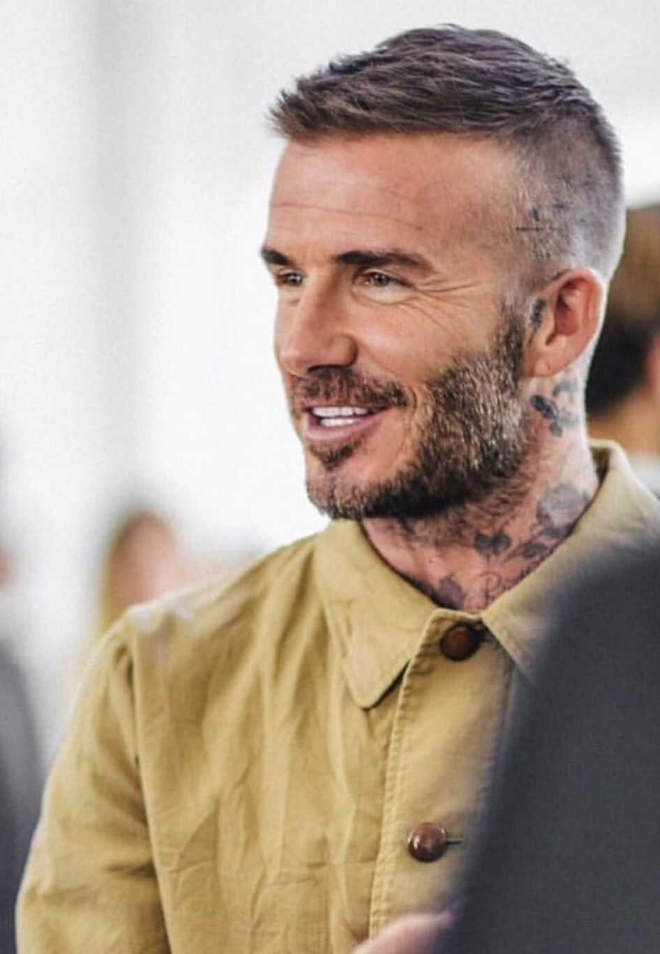 Pin By David Beckham On David Beckham Mens Hairstyles Short Beckham Hair David Beckham Hairstyle