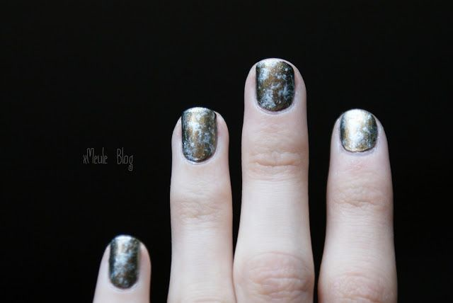 xMeule Catrice - Genius in the bottle Saran wrap nail art