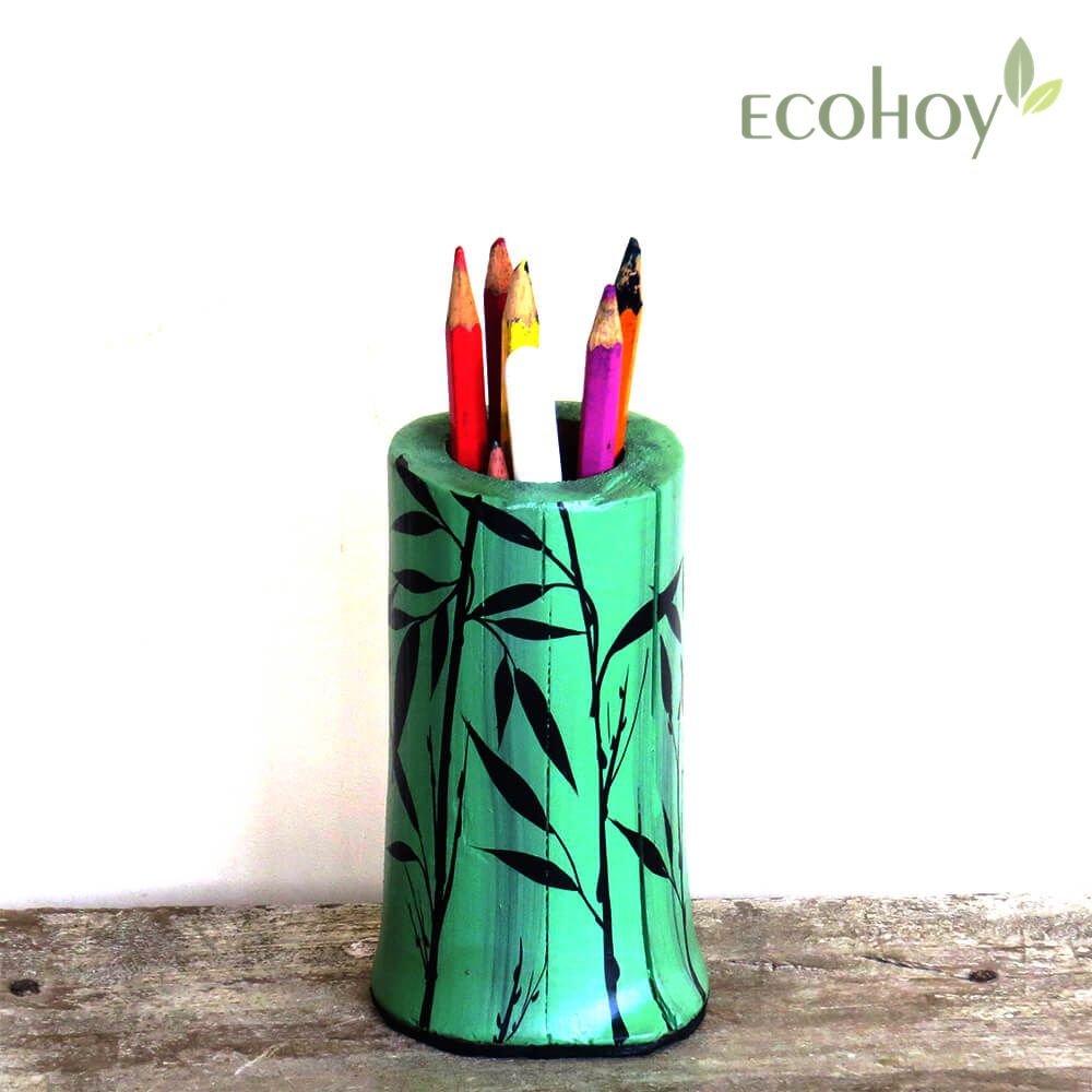 Antique Looking Nature Themed Bamboo Pen Stand Natural Hand Crafted Sustainable Explore More At Ecohoy Com Bamboo Pen Bamboo Crafts Nature Themed