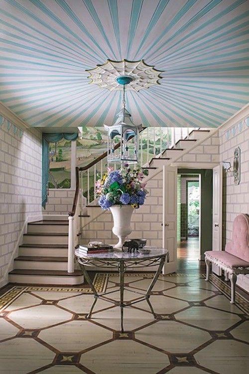 Flur Deko Ideen Schöne Zimmerdecke Und Blumen