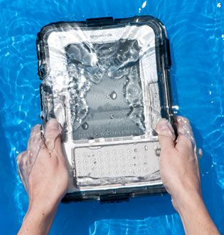 Just in Time For Summer: A Waterproof Kindle Case