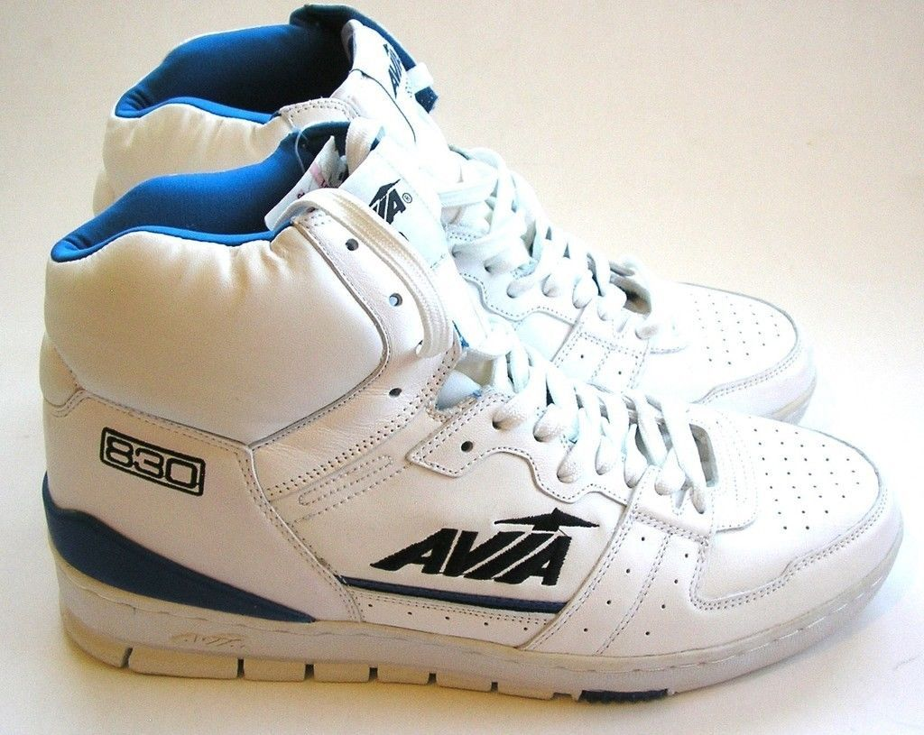 f9a6169193b Vintage AVIA 830 Men s Basketball Shoes