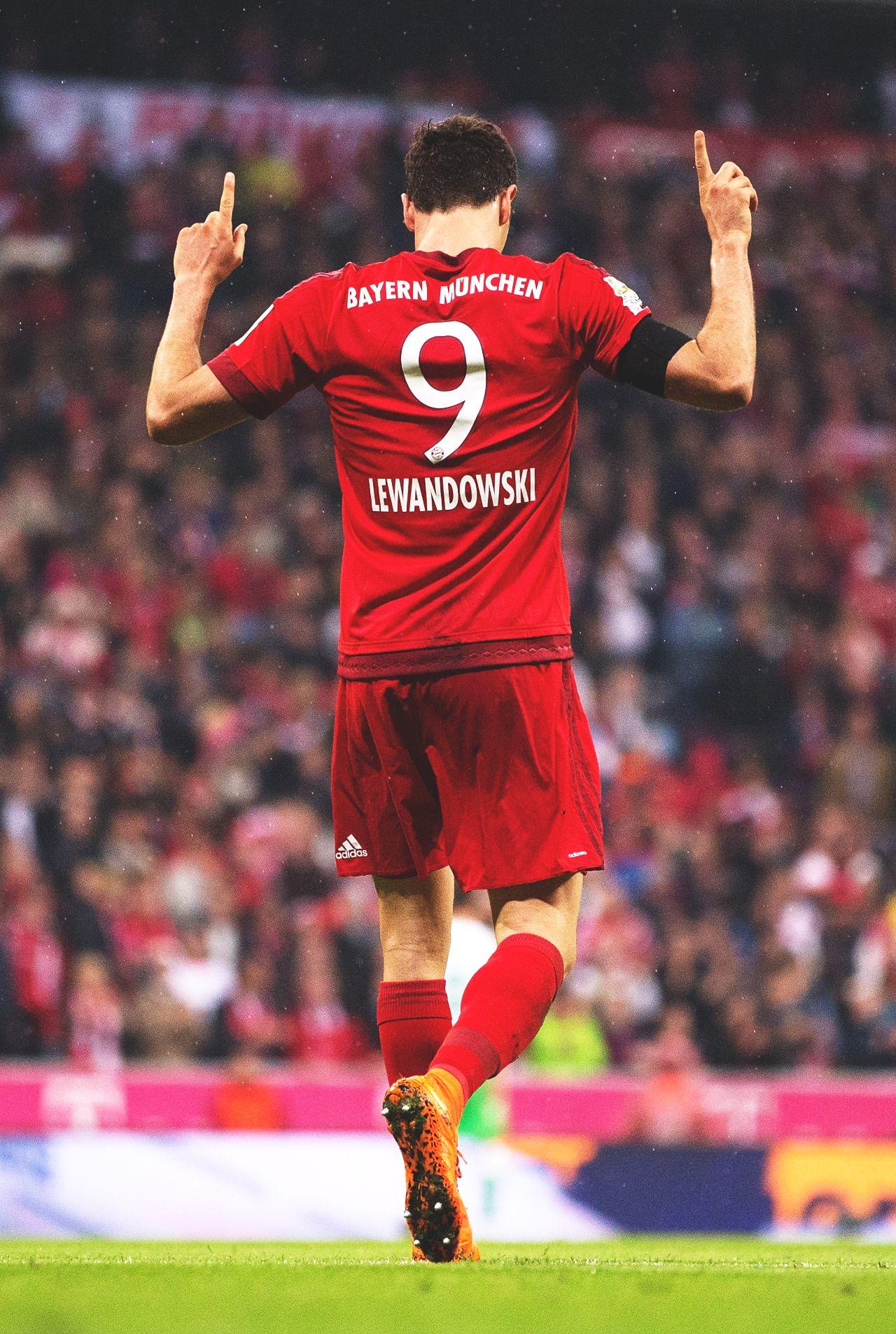 Footballhq photo robert lewandowski lewandowski