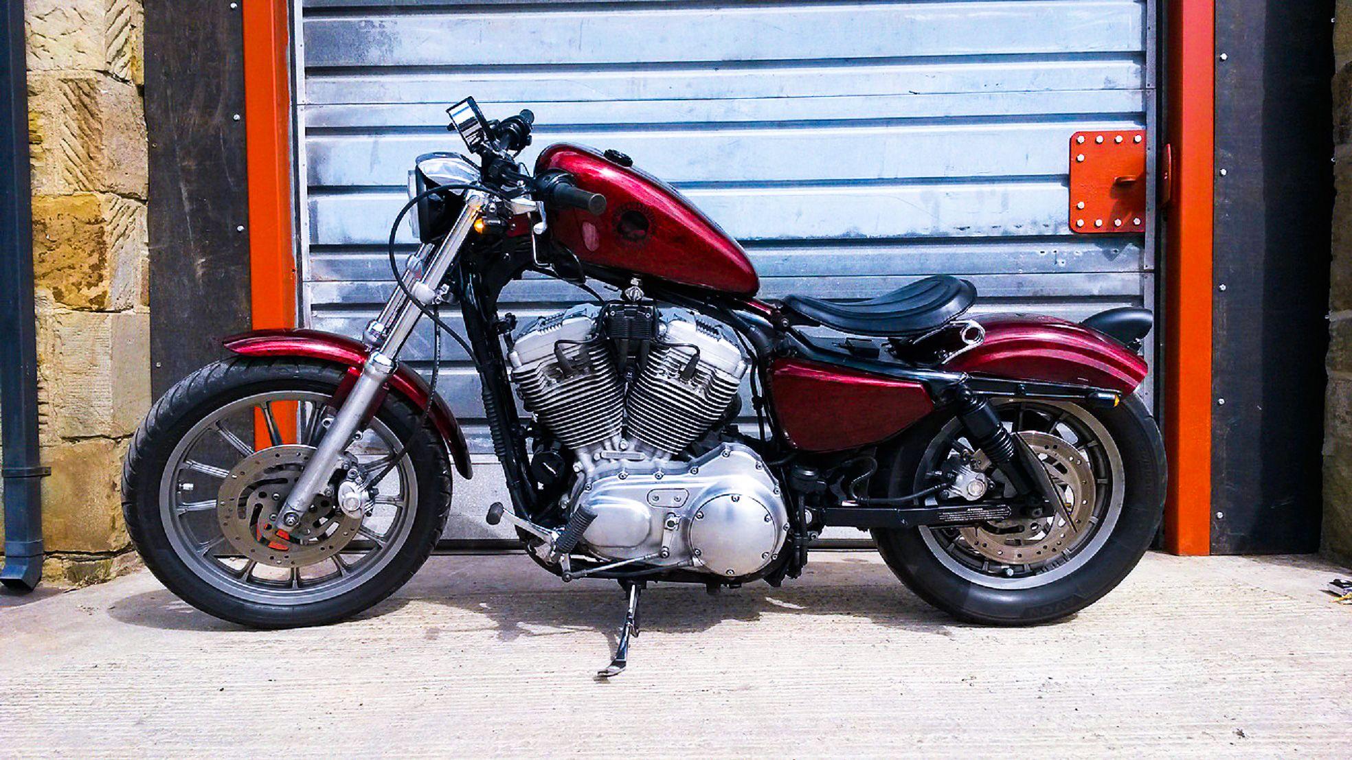 2004 harley-davidson sportster 883/1200 custom bobber. http