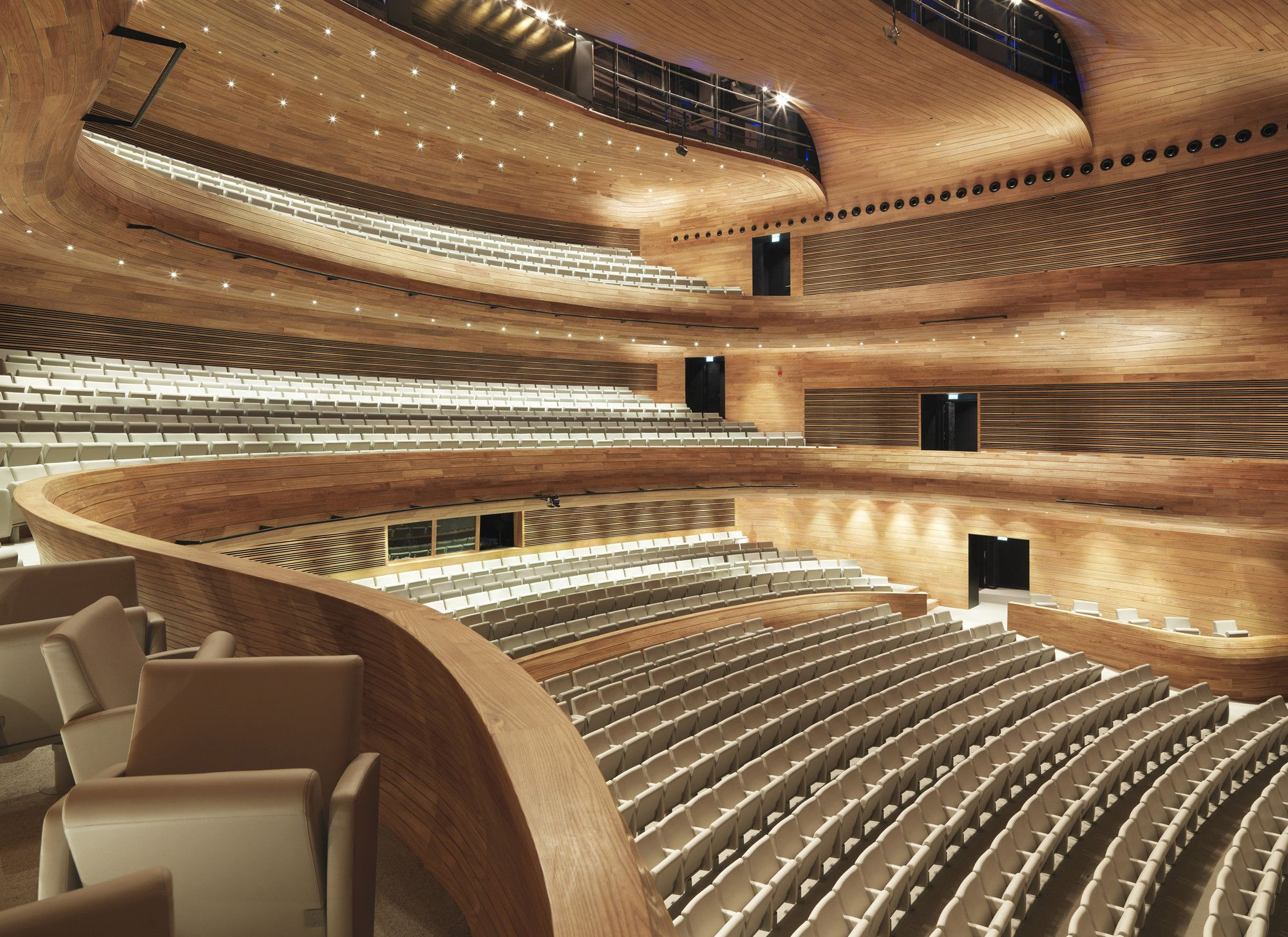 Planery Hall Image 2 of 8 from gallery of Bahrain National Theatre Architecture