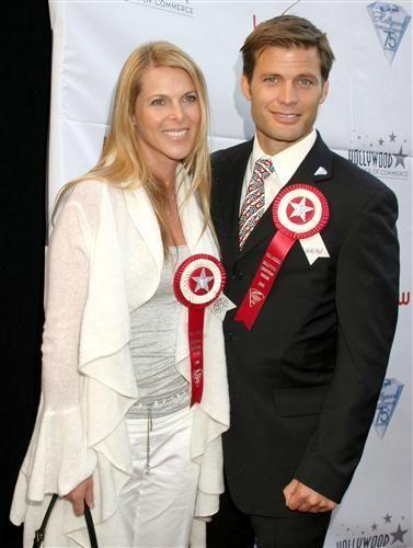 deee0fd76fe Casper Van Dien and Catherine Oxenberg (I Married a Princess ...