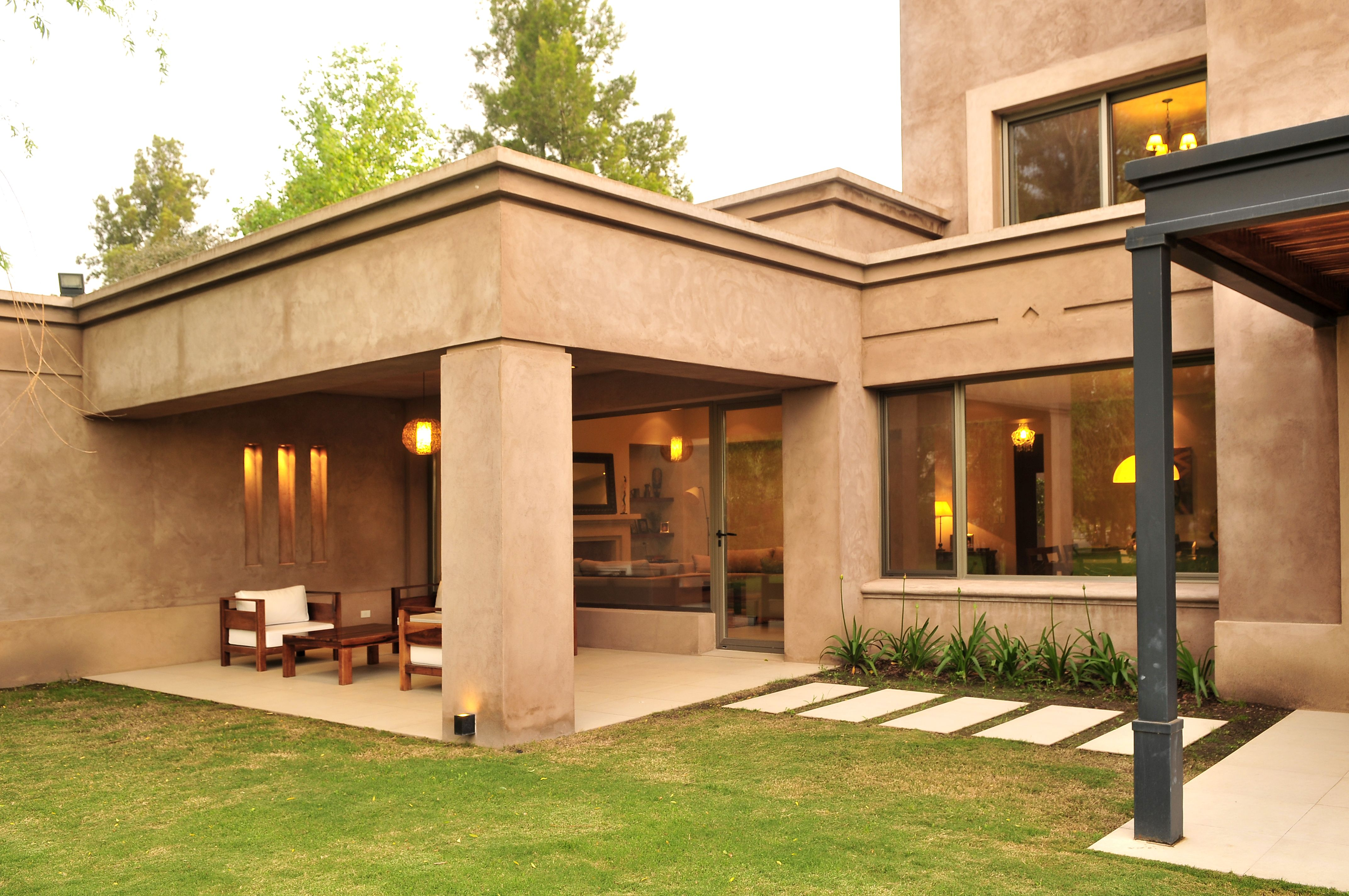 Arquitectura paisajismo ricardo pereyra iraola buenos aires argentina galeria casa - Casas clasicas modernas ...