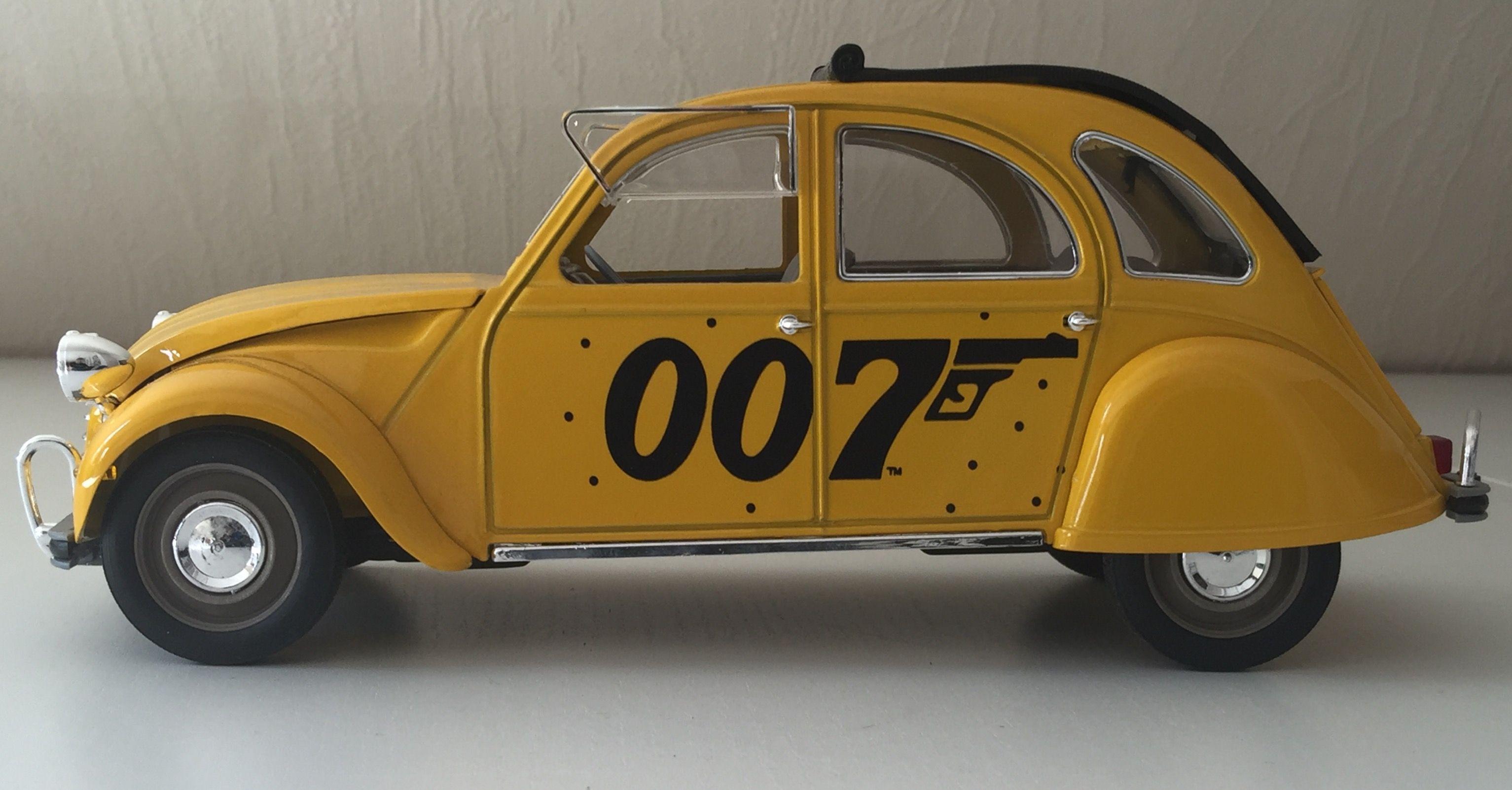Citroen 2cv James Bond 1 17 Solido
