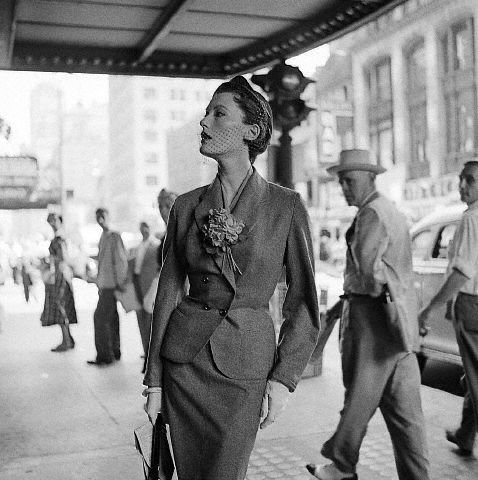 Model Mary Jane Russell in New York, 1950. Photo: Genevieve Naylor.