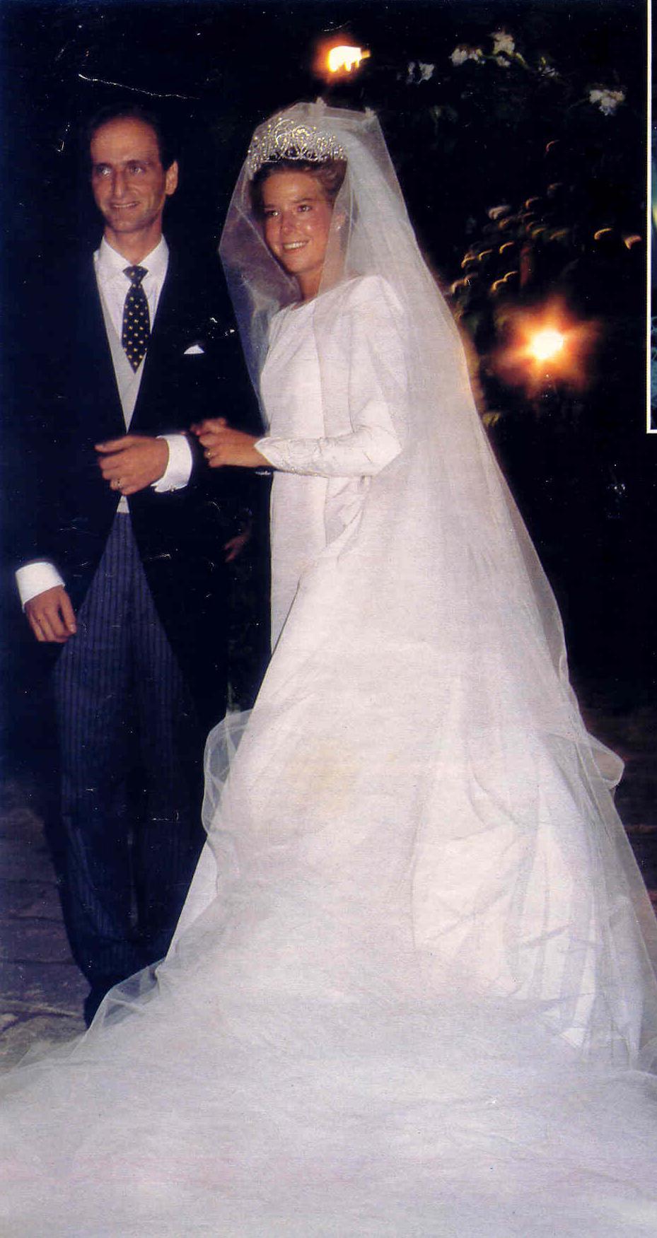 Simoneta Gómez Acebo Y Borbón Mariage Recherche Google Royal Brides Princess Wedding Dresses Bride