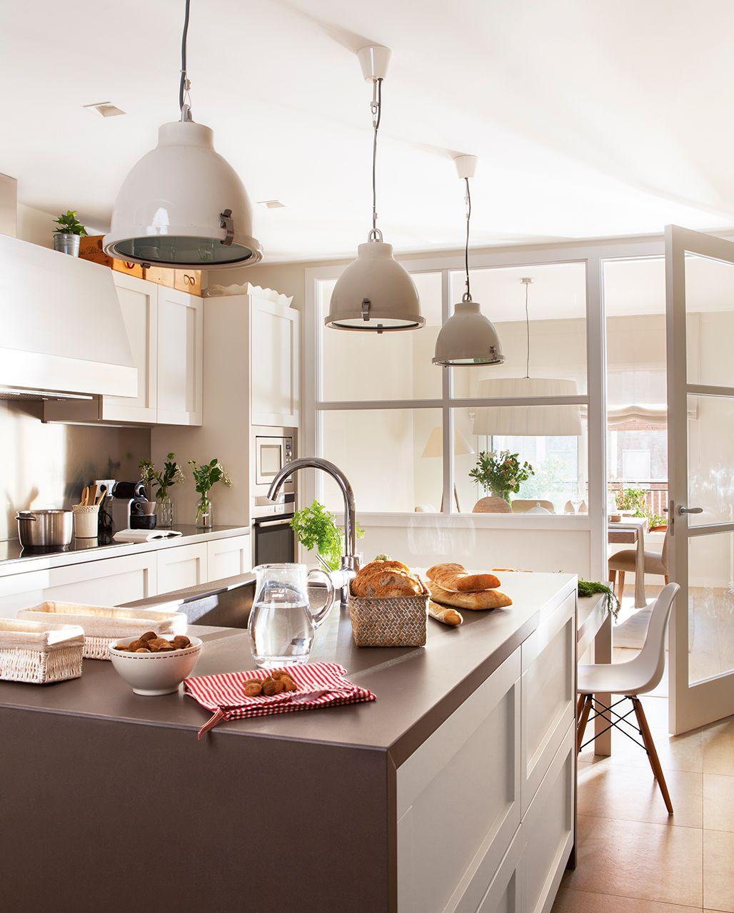 cocinas etc lmparas cocina comedor cocina cocinas modernas cocinas con isla salon cocina cocina isla despensa barcelona tranquilo