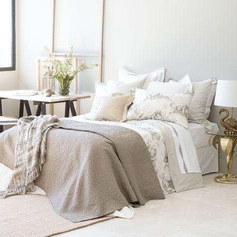 Funda de coj n algod n color khaki edredones cama - Cojines cama zara home ...