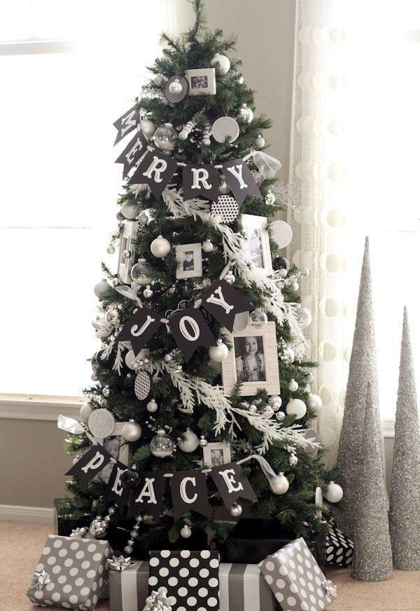 Albero Di Natale Nero.Albero Di Natale Nero L Ultima Tendenza Dello Shabby Chic Foto