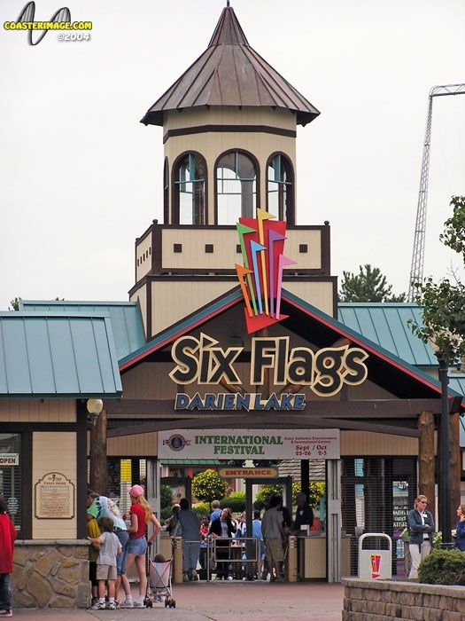 Six Flags Darien Lake Darien Ny The Kids Loved This Place The Water Park Is Top Notch Darien Lake Fun Water Parks Park Photos