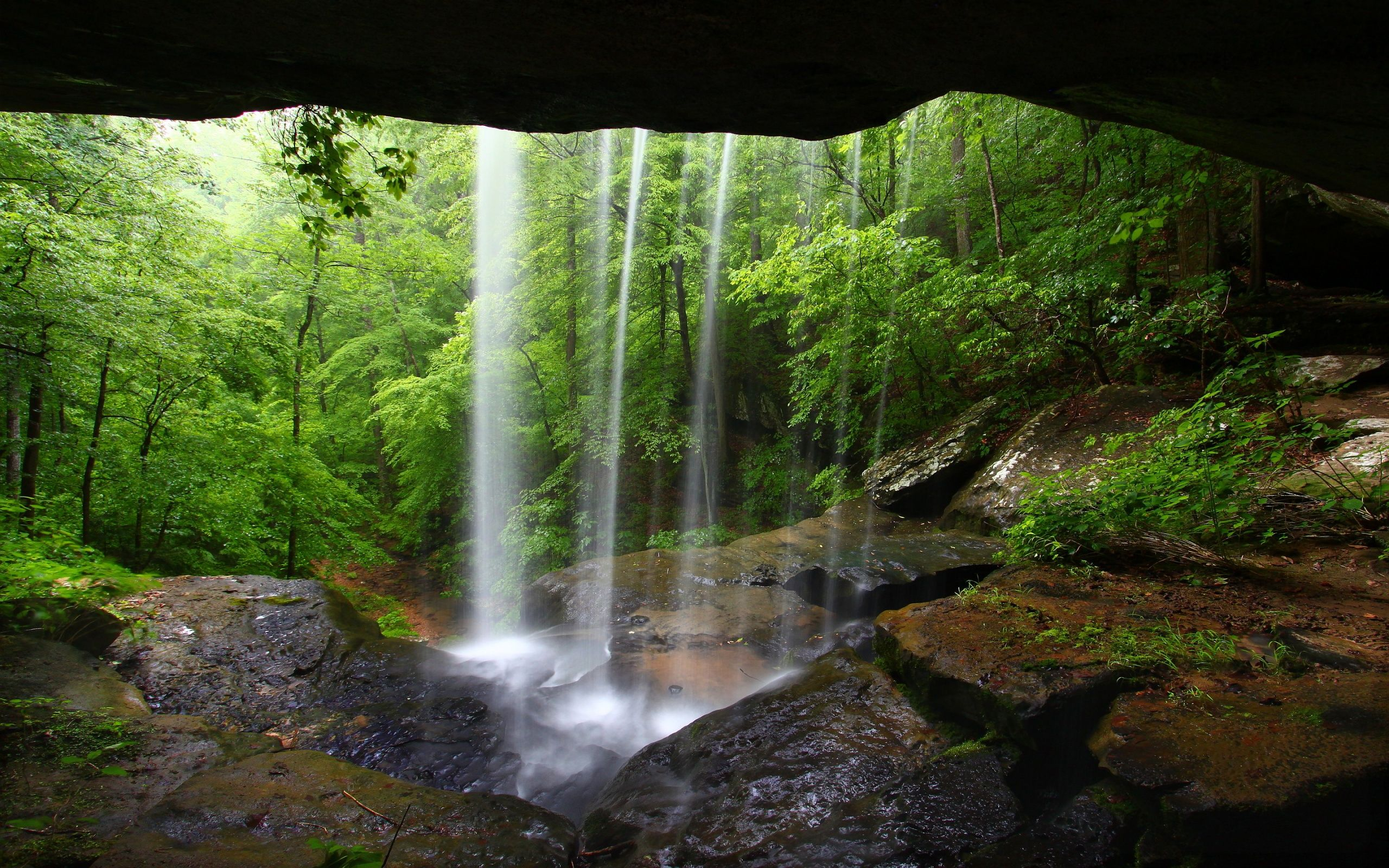 Amazing small #Waterfall inside the #cave.
