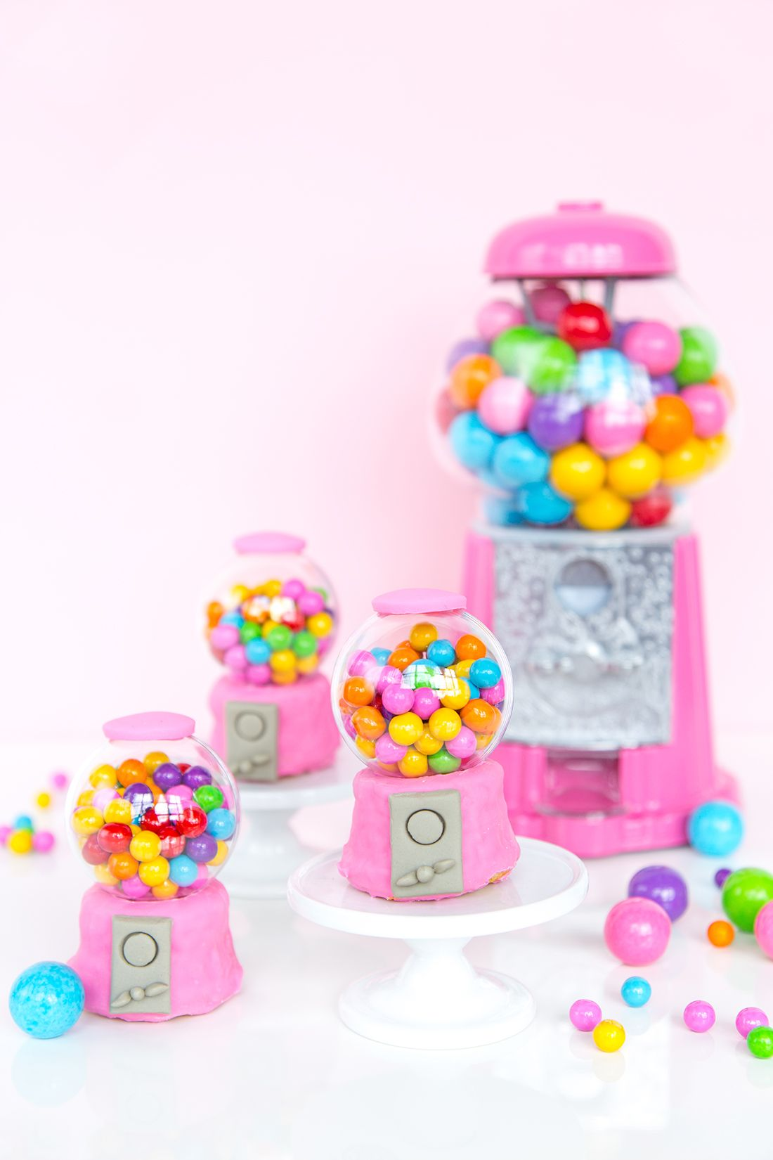 Baby with toys images  Gumball Machine Cupcakes  awwsam   cupcakes  muffins