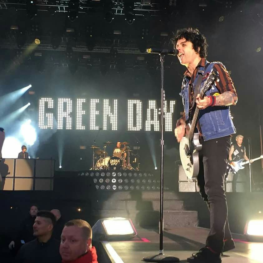 Pin by wyatt burns on green day pinterest greenday billie green day live greenday minecraft blueprints billie joe armstrong rock bands fangirl romance romances romantic things malvernweather Choice Image