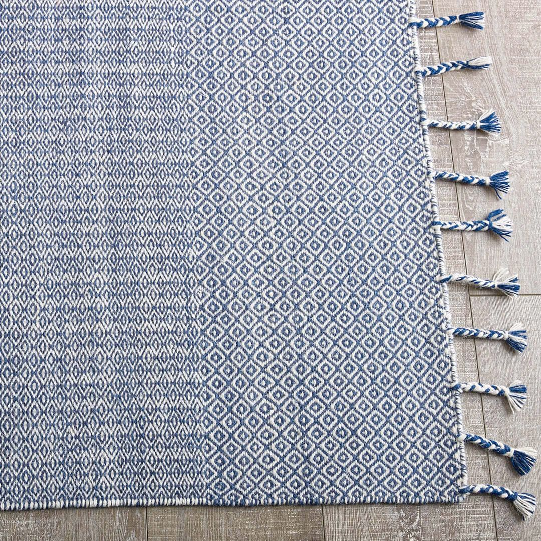 Love A Rug Fringe The Braid Kilim Flatweave Rug With A Plaited Fringe Is On Sale Now Made By Hand In 100 Pure Wool And Also Cheap Rugs Pure Products Rugs