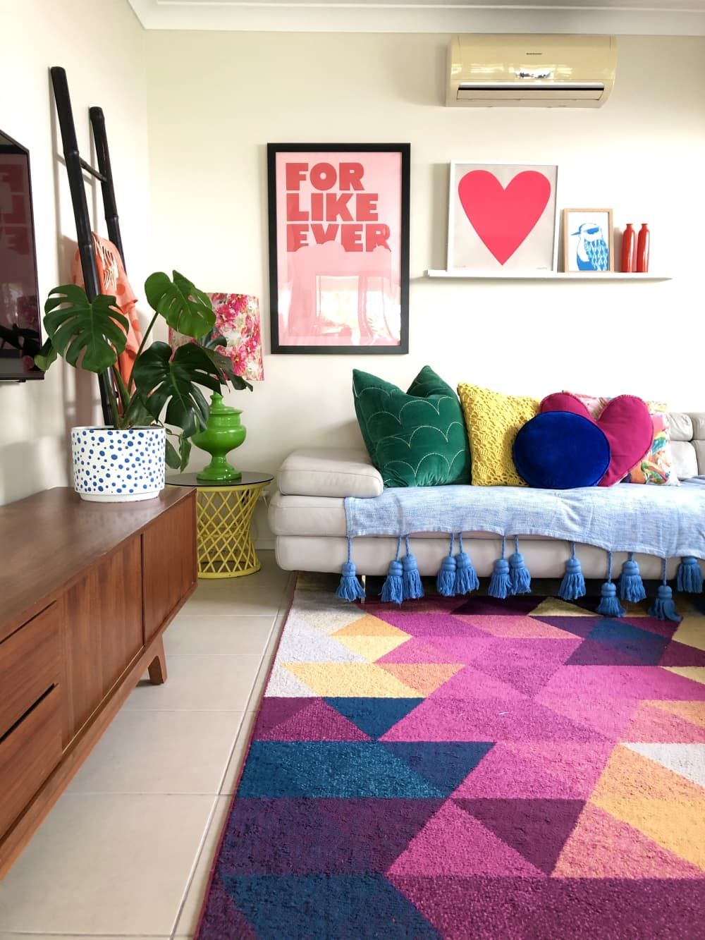 This Rainbow Loving Pattern Clashing Designer S Home Is An Explosion Of Fun Color In 2020 Colorful Apartment Greenhouse Interiors Quirky Decor