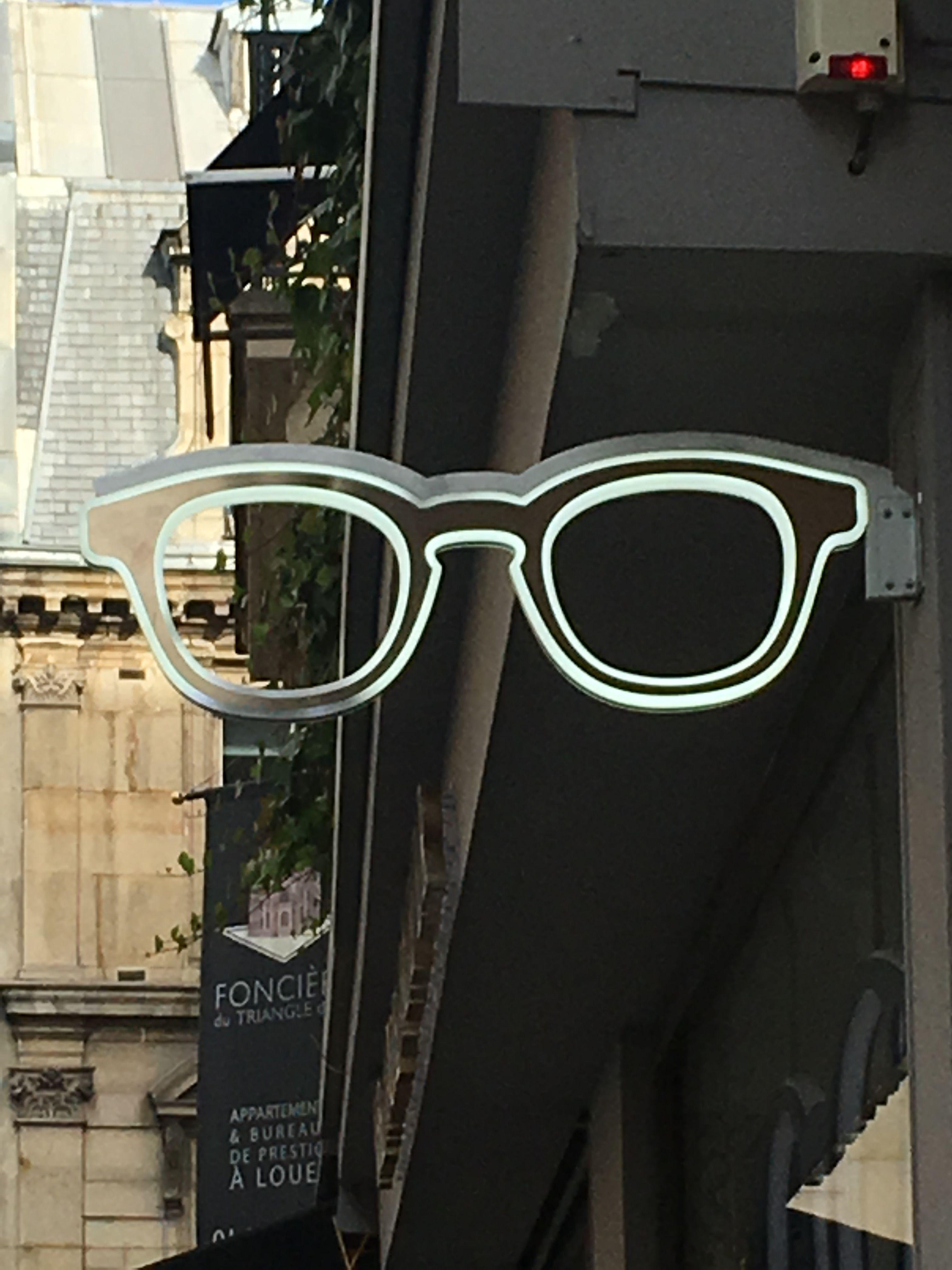a7c4ec44fa506 Ideias, Lojas De Óculos, Loja De Óptica, Projeto Da Sala De Exposições,