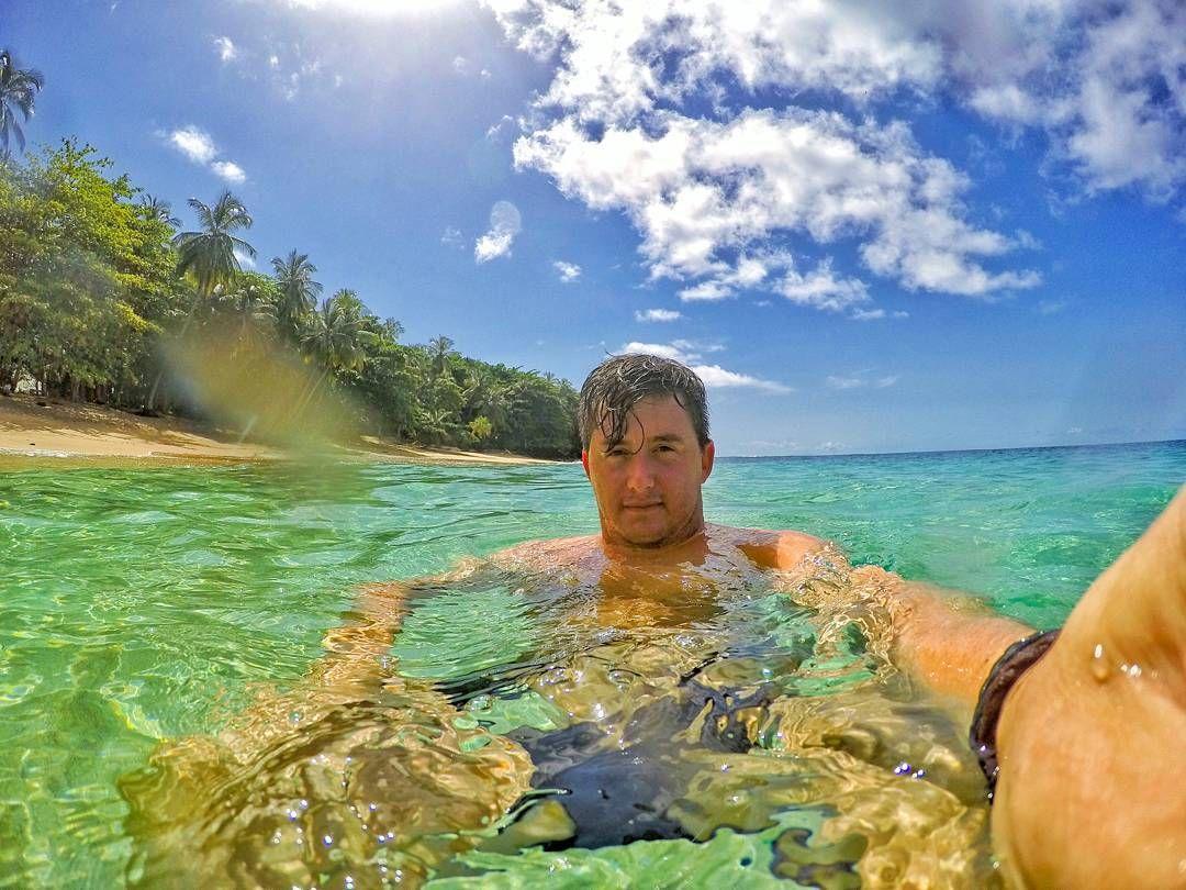 #oceanlife #sun #bluesea #bluewaters #gopro #healthylife #leathergoods #swimming #swimwear #selfie #saterdaymorning by jqsleroux