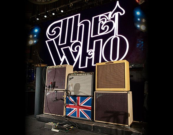 pete townshend 39 s current amp setup left to right vibro king custom vibrolux reverb. Black Bedroom Furniture Sets. Home Design Ideas