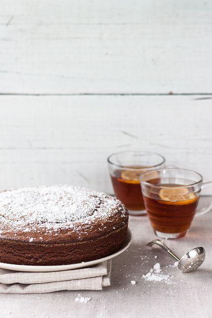 olive oil & tangerine chocOlate cake