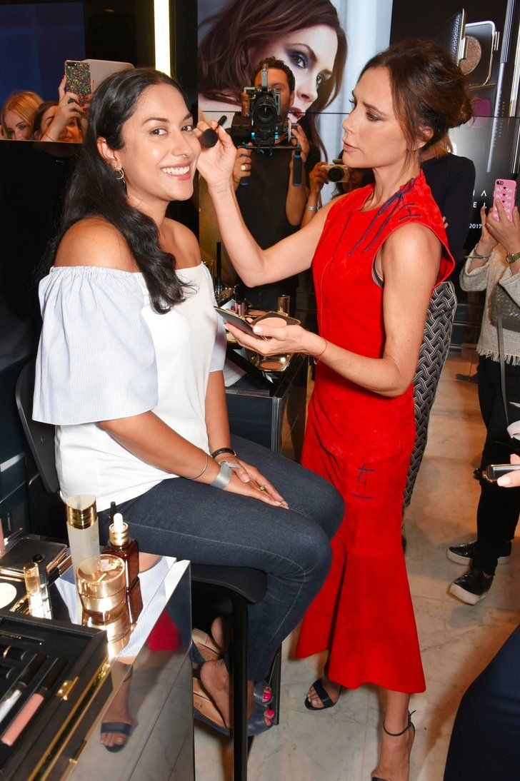 We'd Be Grinning Like That If Victoria Beckham Did Our