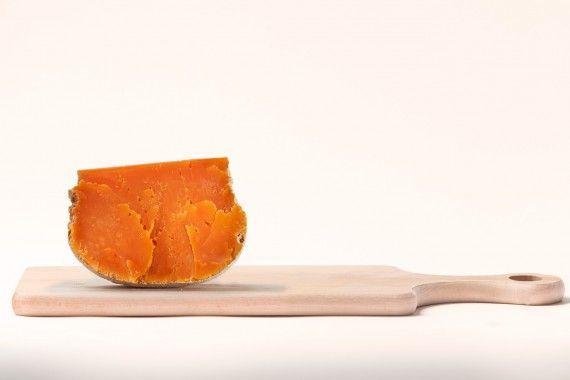Mimolette: Kräftig, würzig, nussig. Mich erinnert er an Pecorino, kann also auch wunderbar als Parmesan Ersatz verwendet werden.